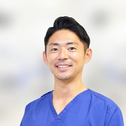 院長/歯科医師 小山 徹